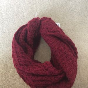 Mossimo red scarf
